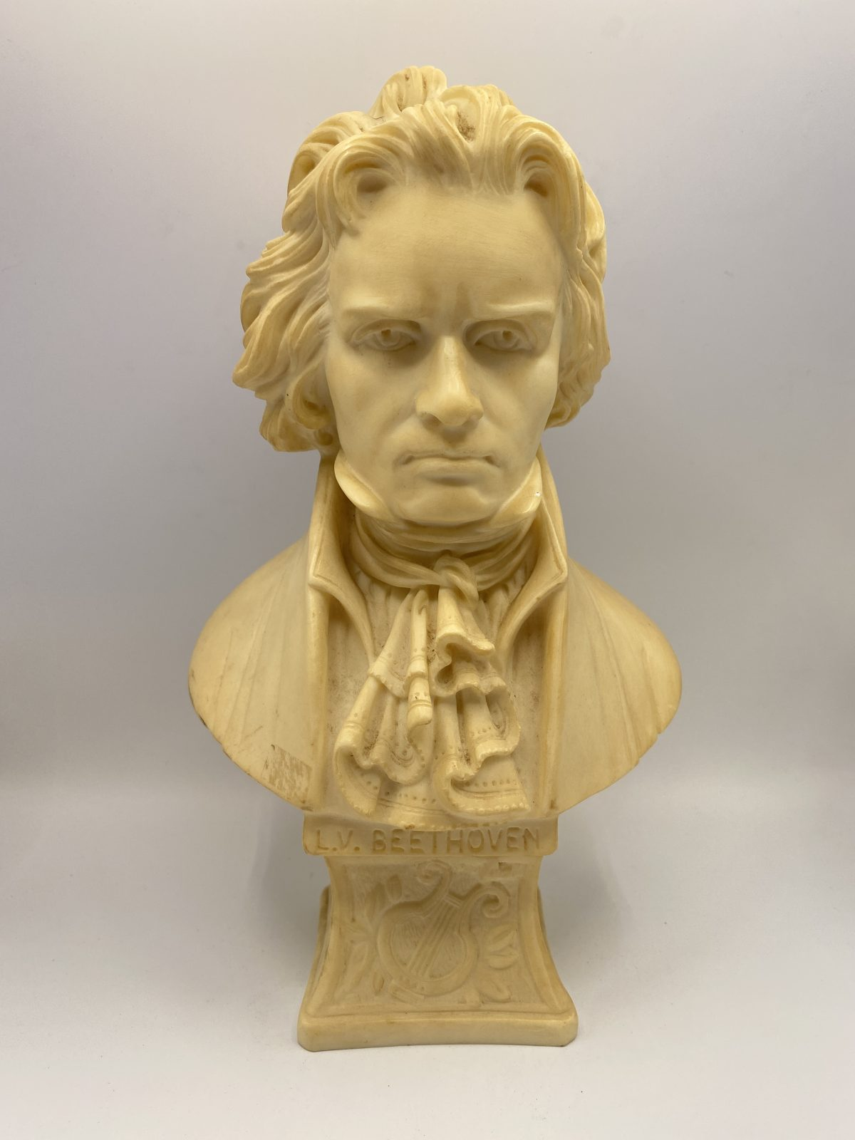 G9 - A Vintage French Alabaster Bust of Beethoven.   £42